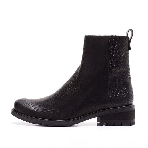 NILS Boot black